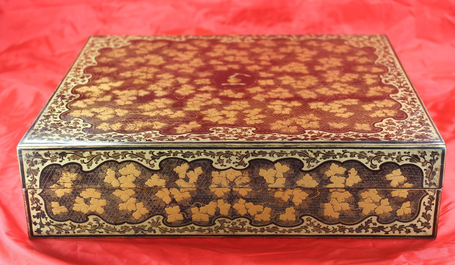 19C armorial lacquer games box with matching counters for TAYLOR